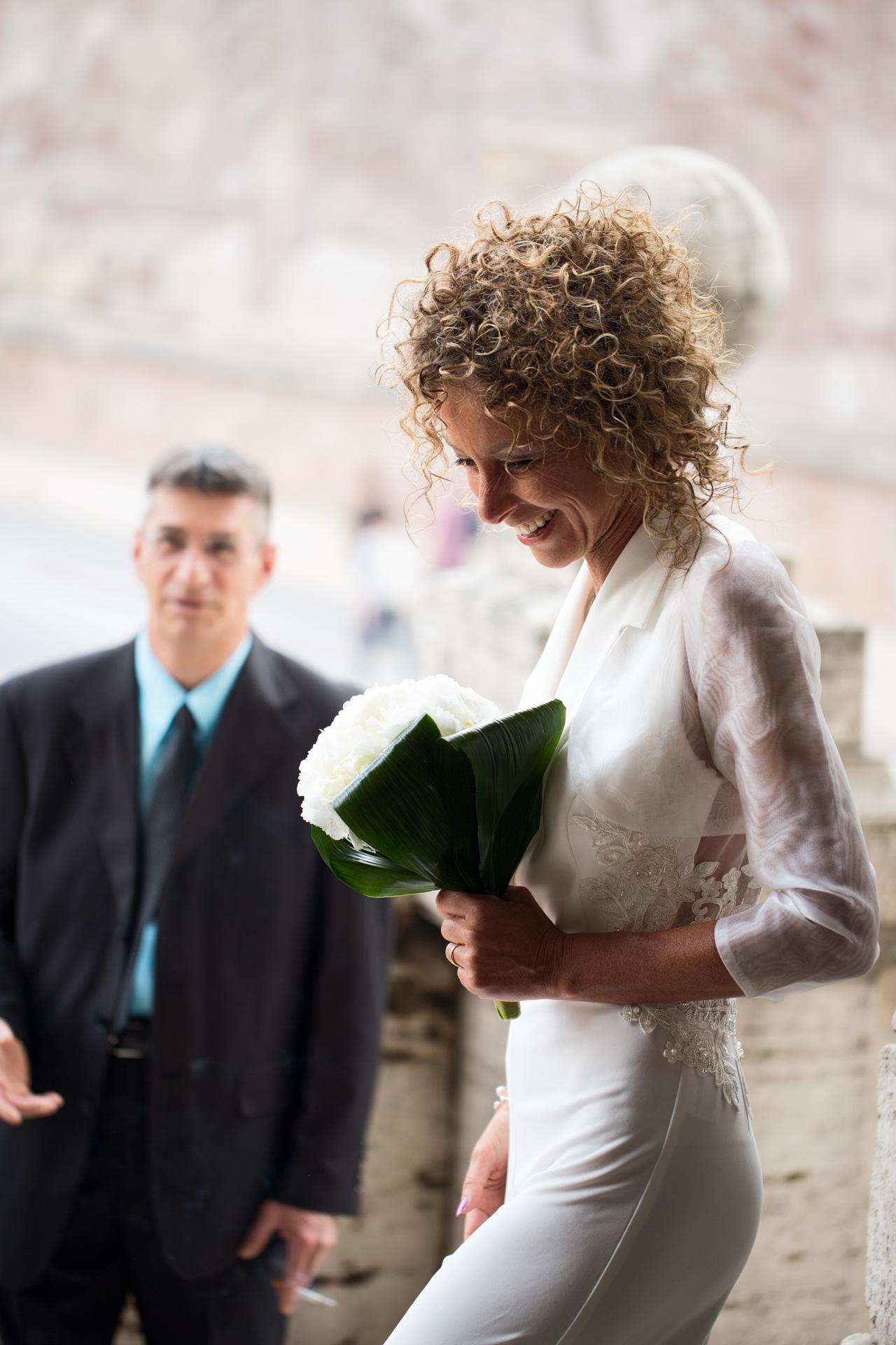 vestito da sposa tuta intera