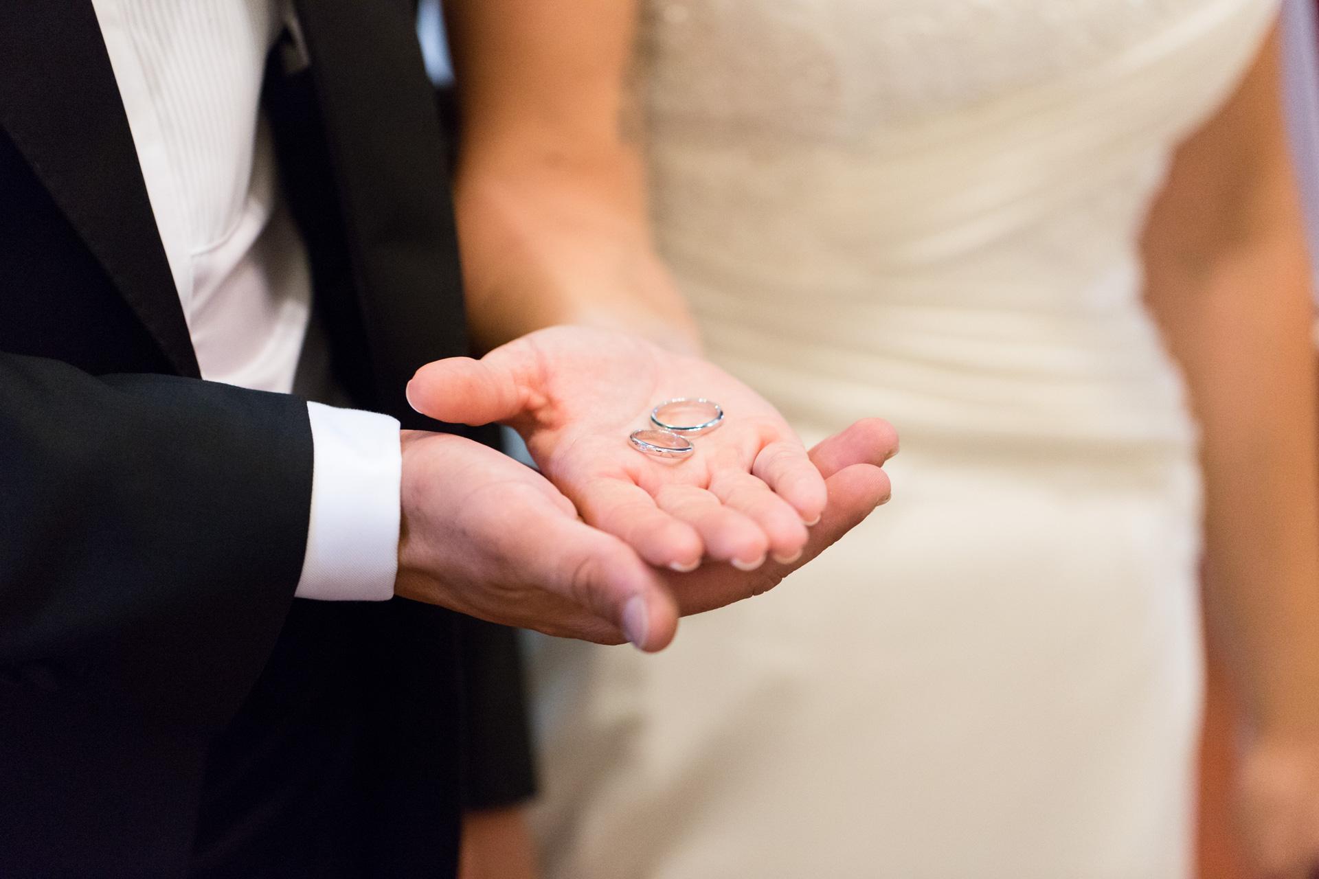le fedi durante il matrimonio