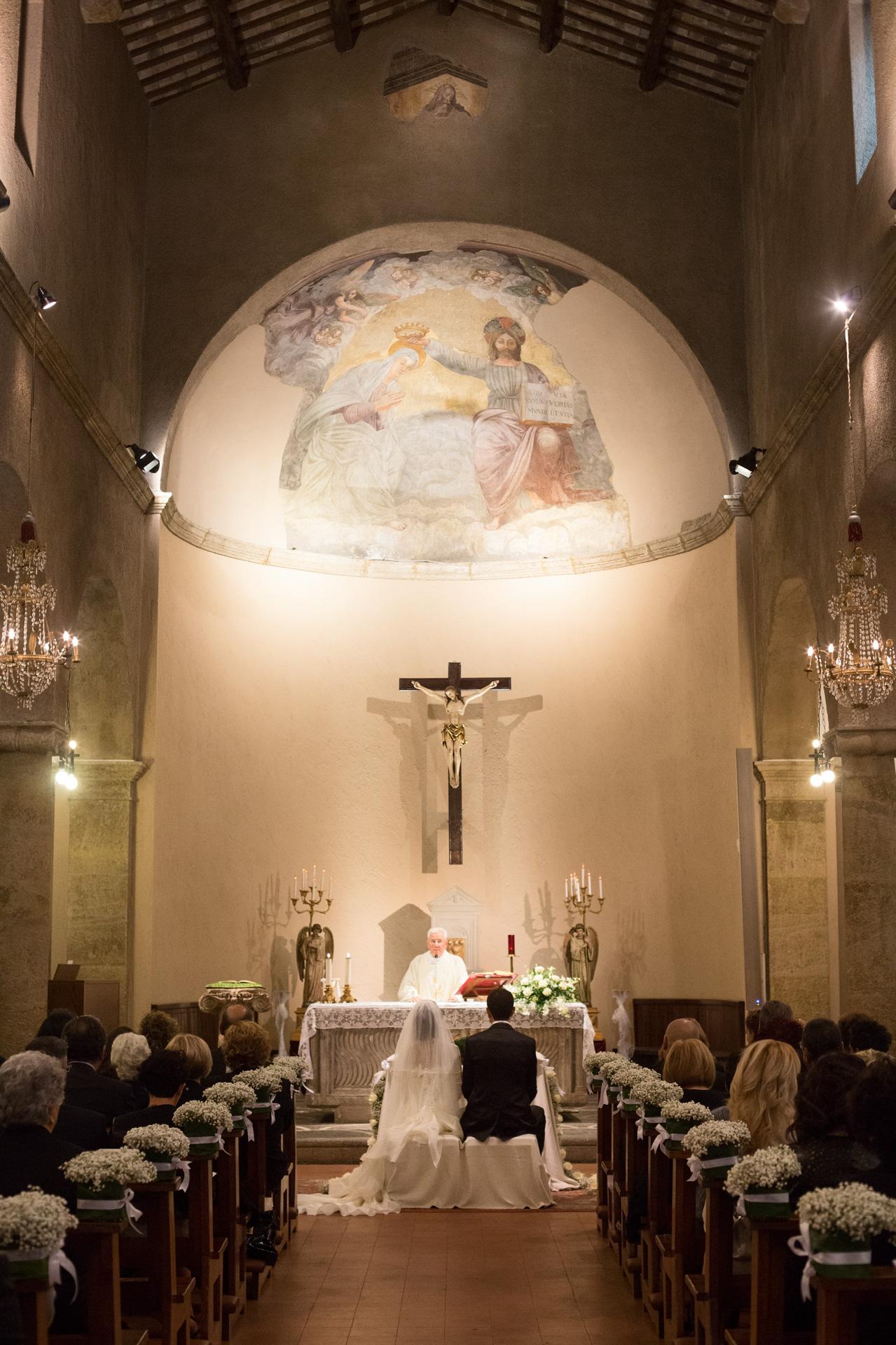 matrimonio alla Parrocchia Santa Maria in VIvaro a Frascati
