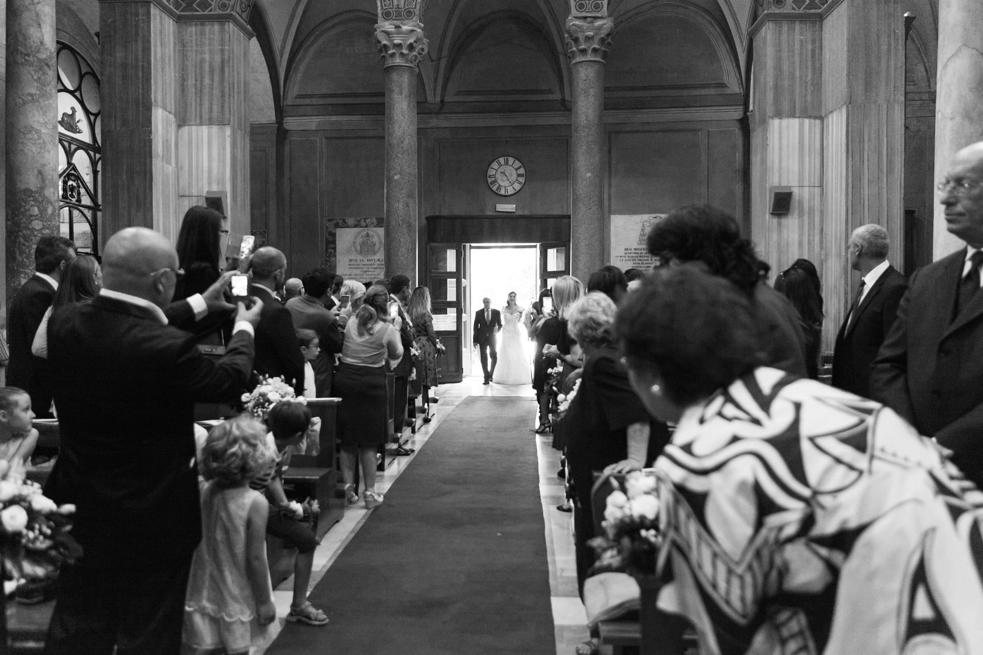 ingresso della sposa alla Basilica di Sant'Agnese fuori le mura
