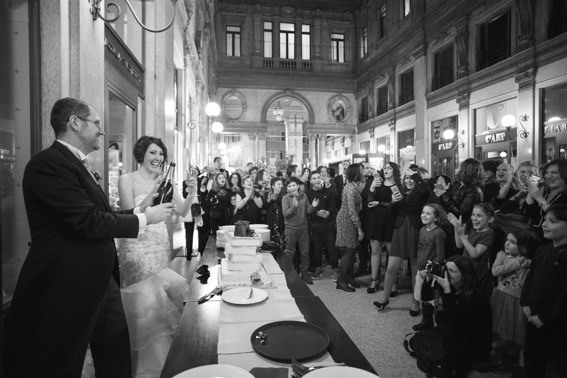 Taglio della torta nuziale a Galleria Colonna, Galleria Alberto Sordi