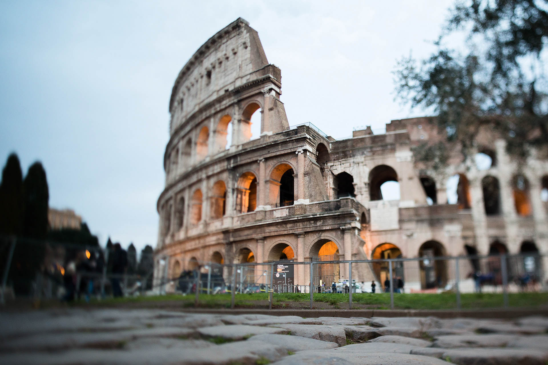 Cityscape: il Colosseo, Roma. copyright © _nf