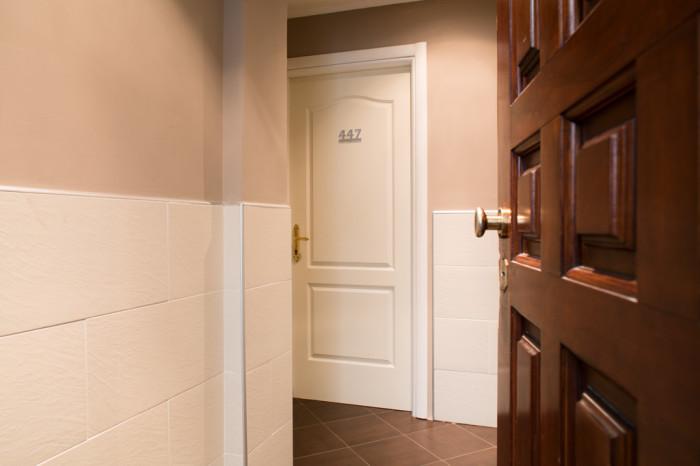 Fotografia d'interni: ingresso dell'Hotel Indipendenza. copyright © _nf