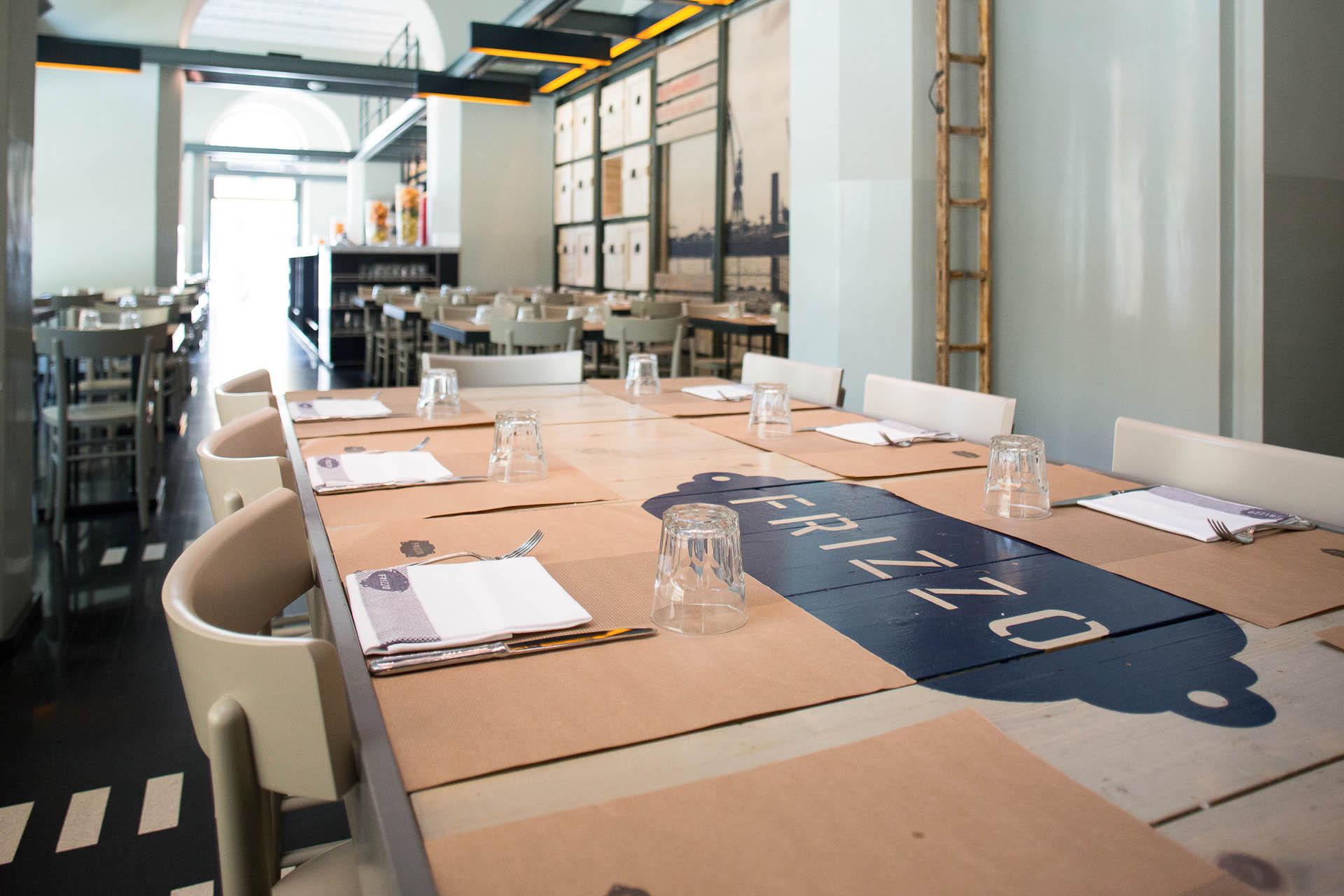 Fotografia d'interni: vista d'insieme di Frizzo, ristorante a Roma