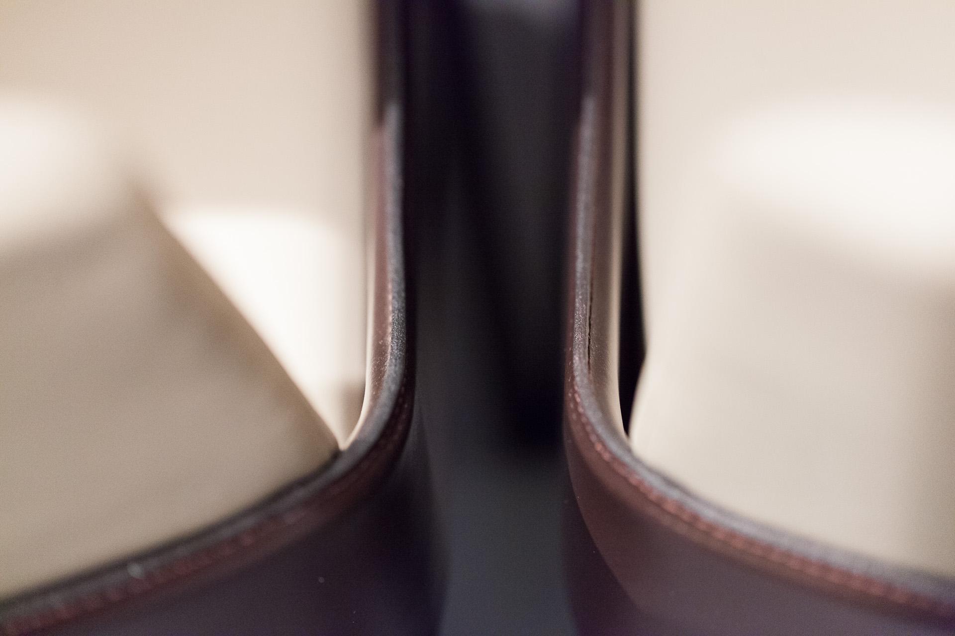 Showroom Binacci: dettaglio sedie Studio Klass per Fiamitalia, designer Marco Maturo