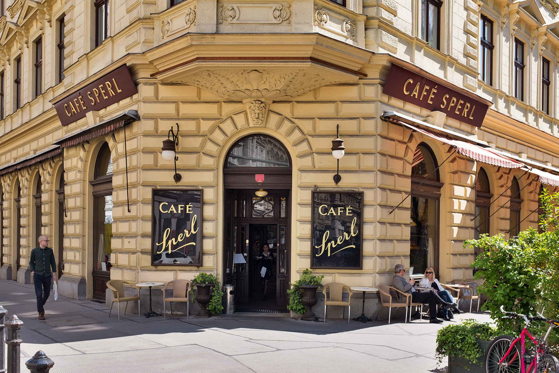 _nf - cafe sperl wien facade