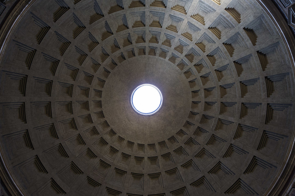 _nf - Low Angle View - Roma - Pantheon